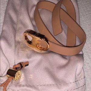 Tory Burch leather bracelet 💛